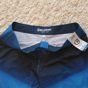Billabong Swim - NWT: Billabong Board Shorts - 38